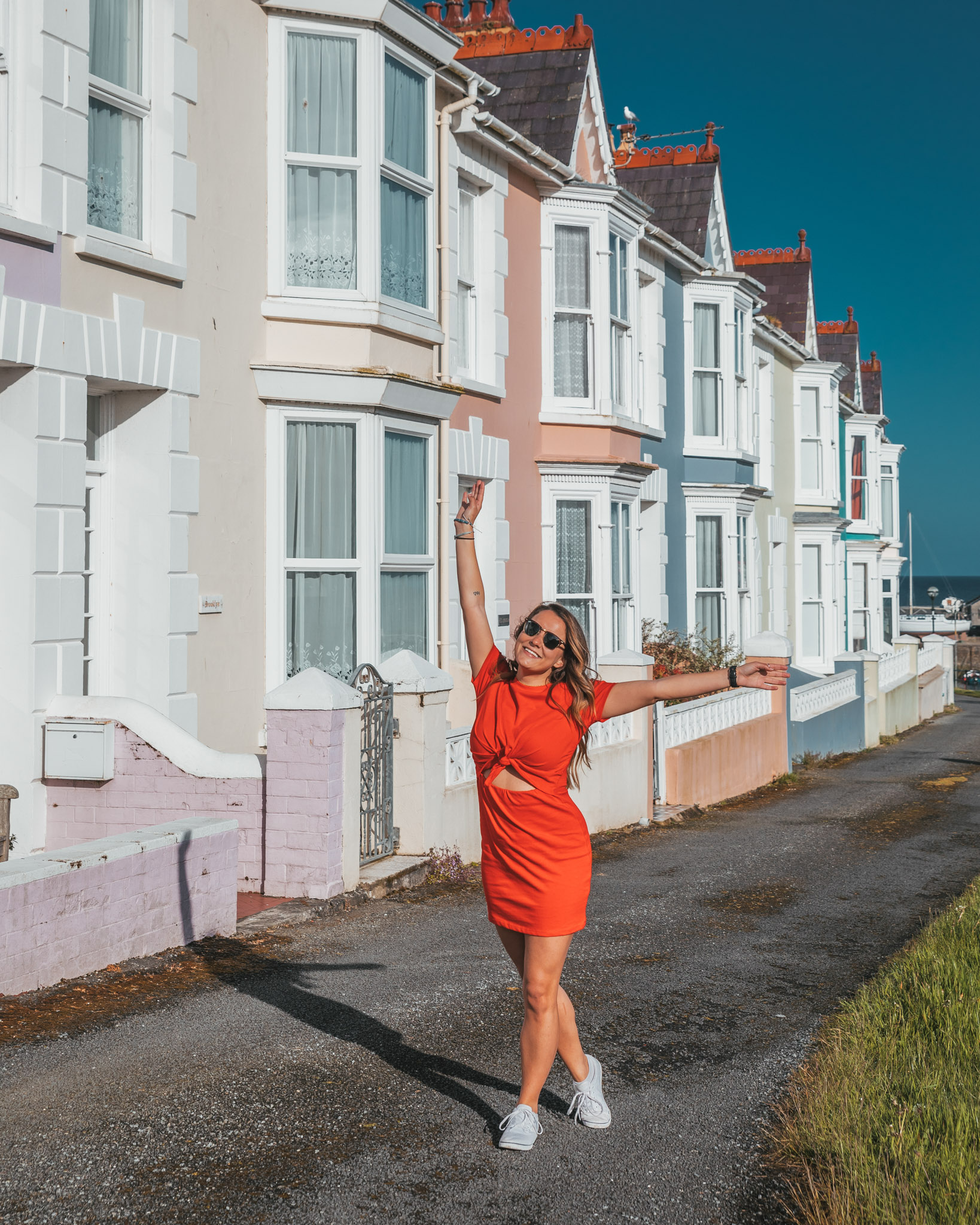 Aberaeron colorful houses // The Most Beautiful Places to Visit in Wales // #readysetjetset #wales #uk #welsh #travel #photospots #blogpost