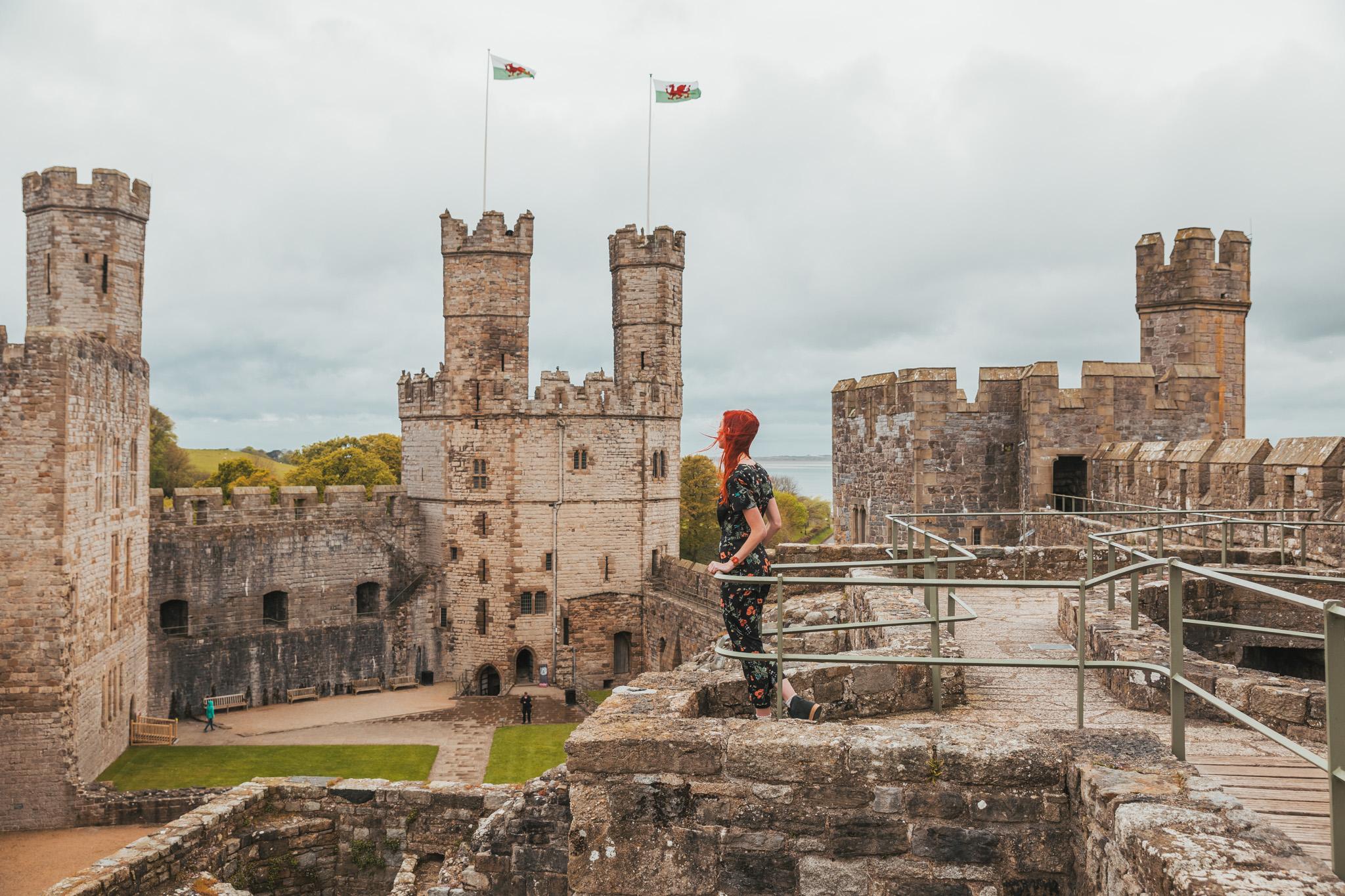 Caernarfon Castle // The Most Beautiful Places to Visit in Wales // #readysetjetset #wales #uk #welsh #travel #photospots #blogpost
