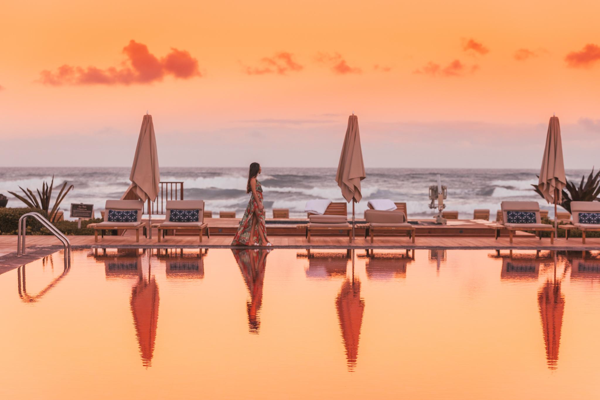 Beach Tree Pool sunset // A Luxury Stay on the Big Island: Four Seasons Resort Hualalai // #readysetjetset #hawaii #bigisland #luxuryhotels #beachresorts #usa #travel