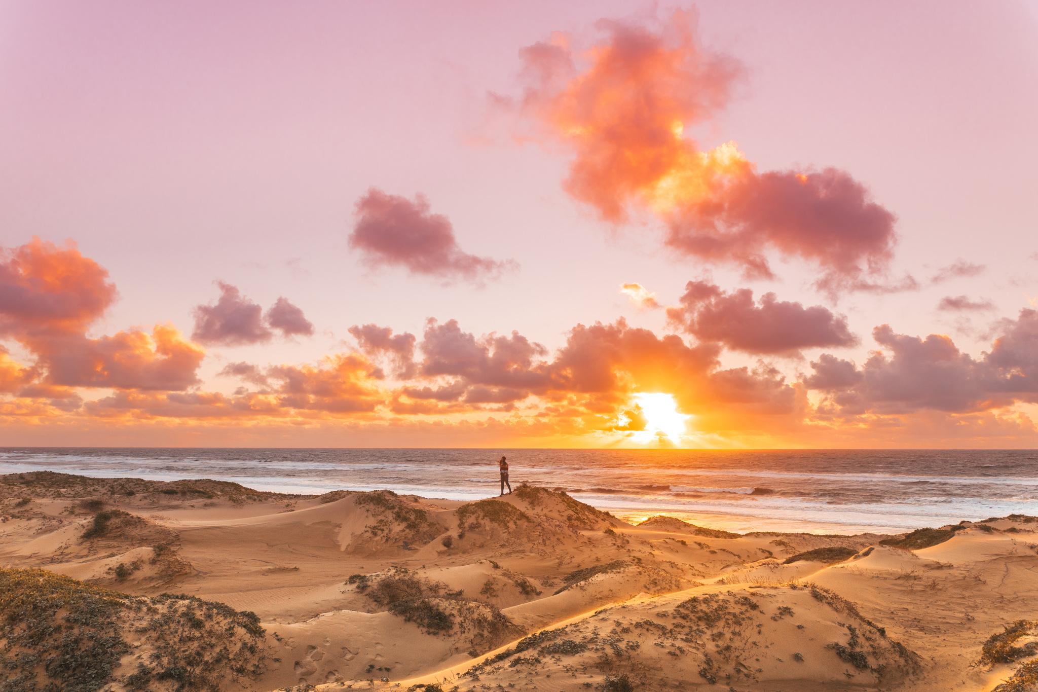 Sunset at Oceano Dunes in Pismo Beach // 5 Adventurous Things to Do in San Luis Obispo County #readysetjetset #slocal #travel #blogpost #adventuretravel #california #westcoast