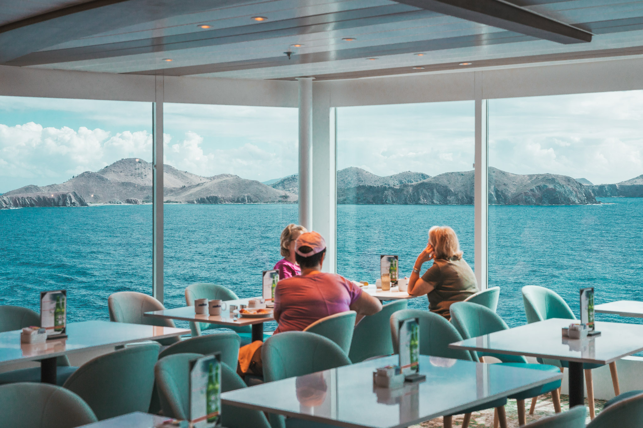 Oceanview Cafe // Cruise Review: Everything You Need To Know About The Celebrity Summit