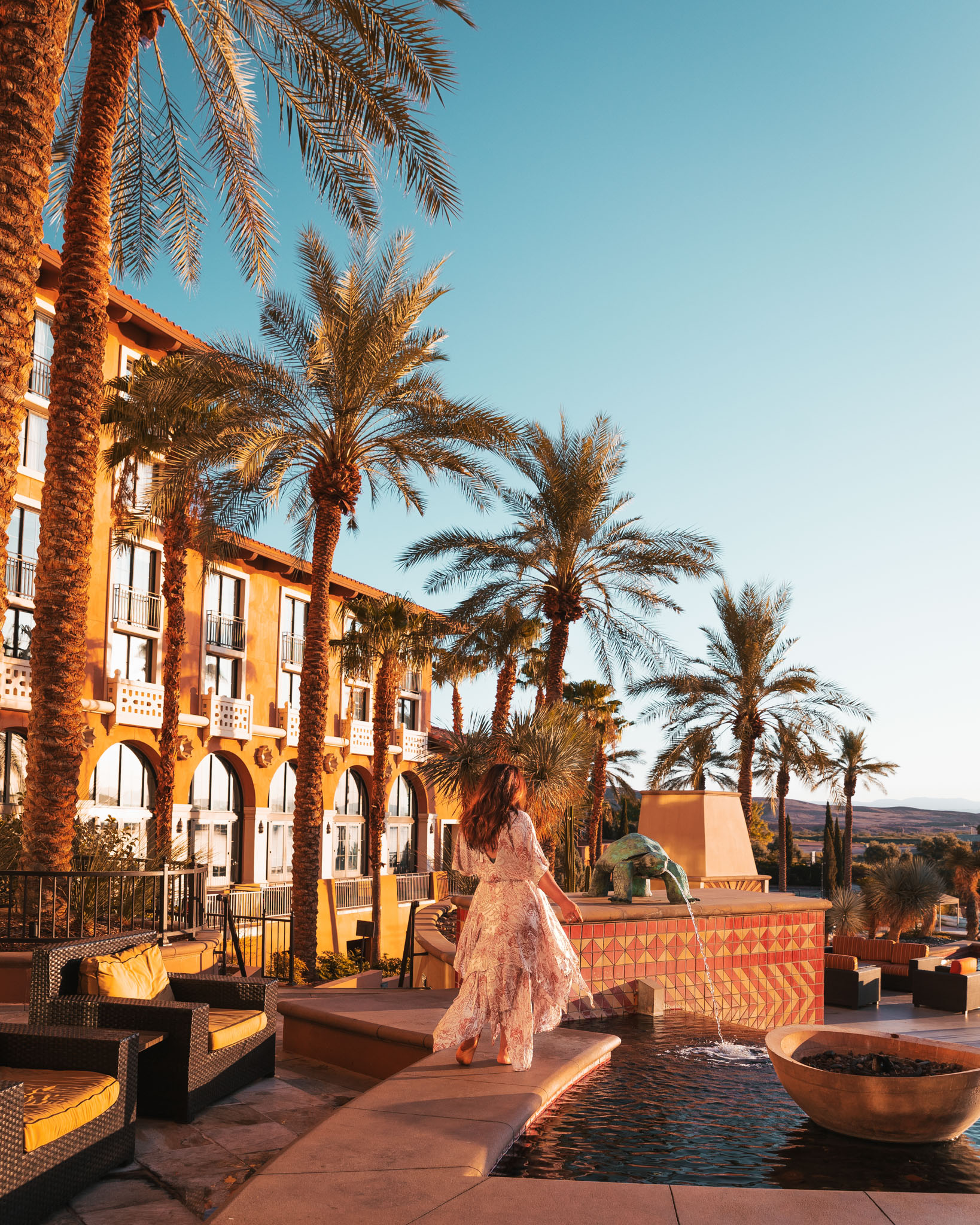 The Westin Lake Las Vegas // The Quick Guide to Visiting Vegas Beyond the Strip #readysetjetset #lasvegas #nevada #luxuryhotels #blogpost #travel #hotels