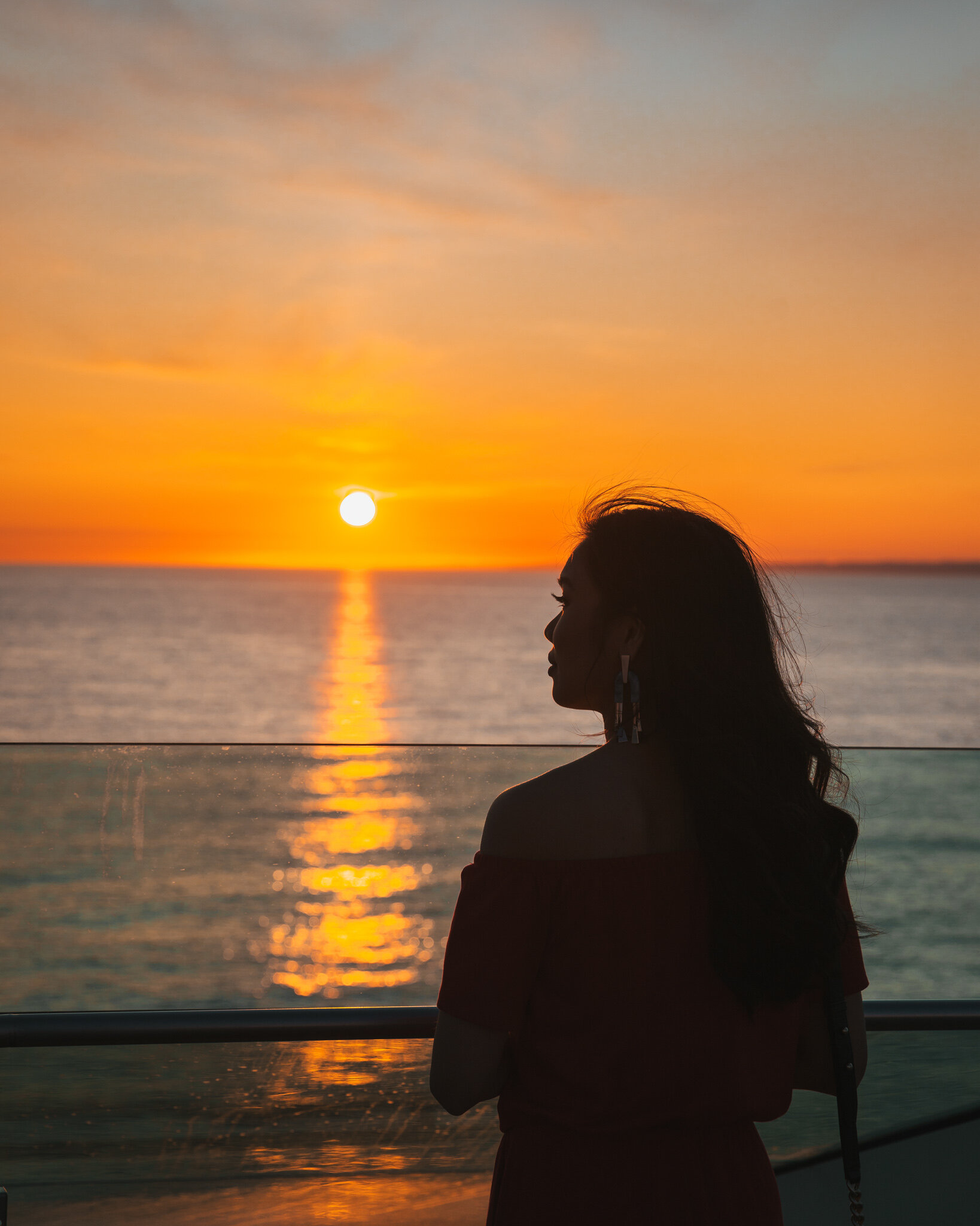 Sunset on a sea day // Cruise Review: 11-Day New England & Canada on the Seabourn Quest // #readysetjetset #canada #cruise #luxury #travel #cruising