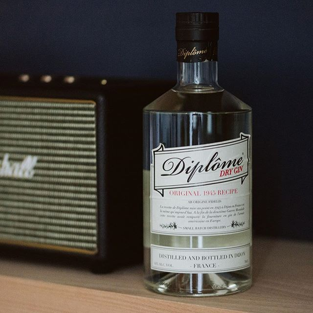 Diplome Gin with music 👌🏻 #diplomegin #madeinfrance🇫🇷 #since1945
