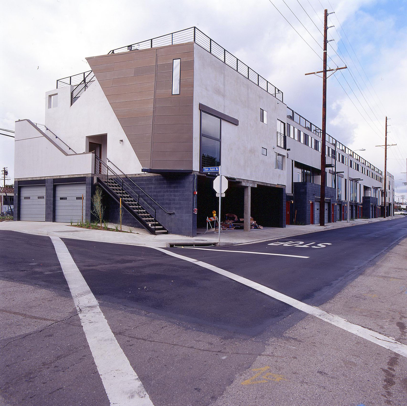 View at the corner of San Juan Avenue.