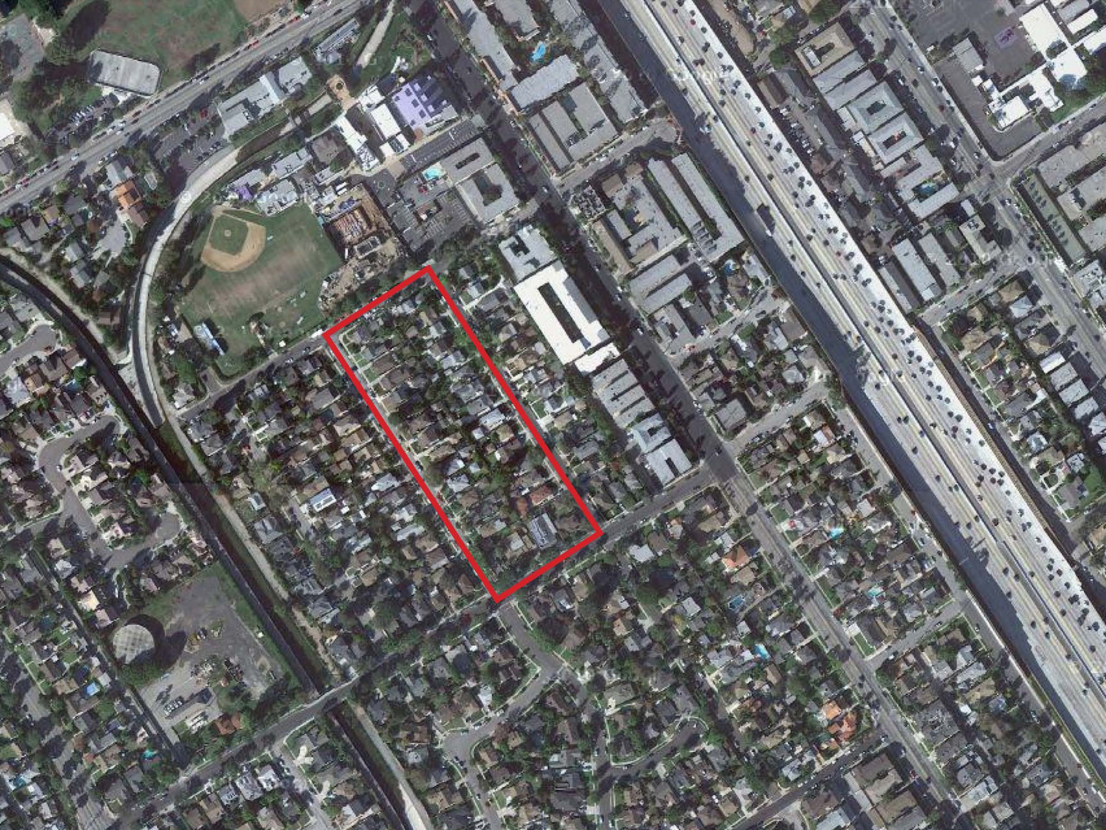 This study begins with the investigation of a typical Los Angeles city block.