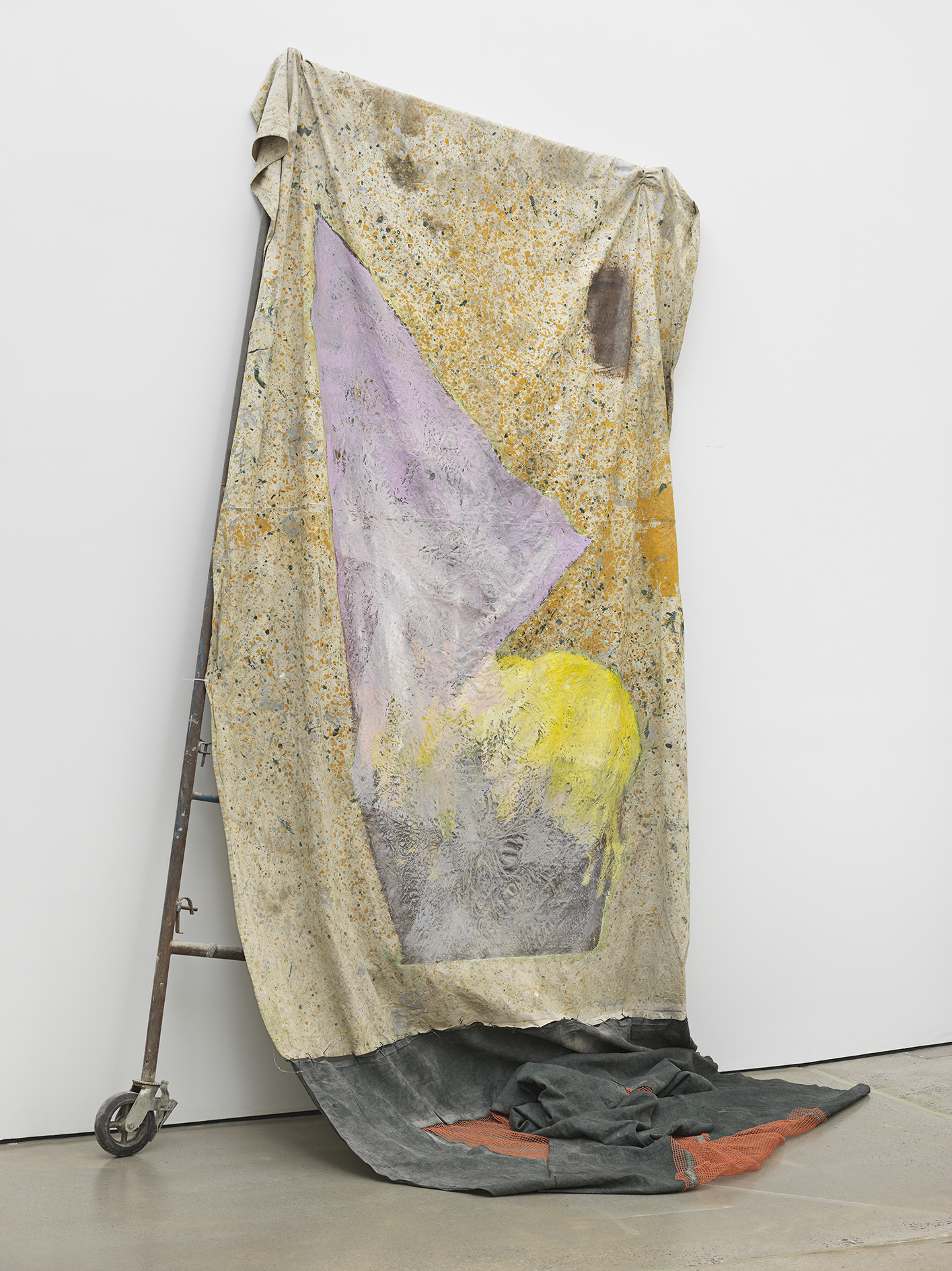 HAMMO96197  David Hammons Untitled 2017 Mixed media © David Hammons Courtesy the artist and Hauser & Wirth Photo: Genevieve Hanson