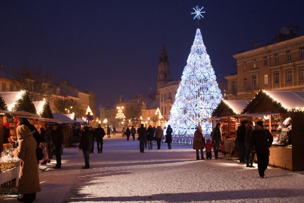 Christmas_Market_Vilnius_Lithuania.jpg