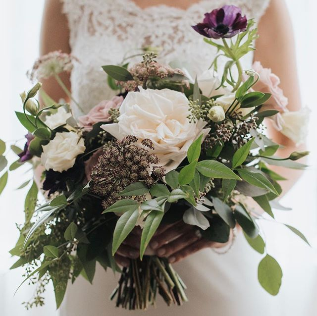A beautiful hand tied loose bouquet for my lovely bride.  Photo: @wearefoxphotography  Flowers: @stokfloral  Planning: @champagnecedar  #champagnecedarwed #torontobride #torontobridetobe #torontoweddingplanner #torontoweddingcoordinator #lifeofawpicweddingplanner #isaidyes #engaged #shesaidyes #laceweddingdress