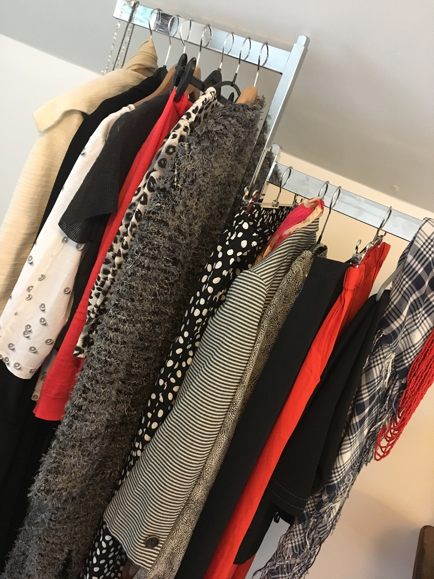 My capsule wardrobe of 18 pieces of clothes and a handful of accessories.