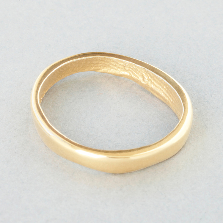 9ct_Yellow_Gold_'slender'_polished_exterior_surface_Patrick_Laing_You_&_Me_wedding_rings.jpg