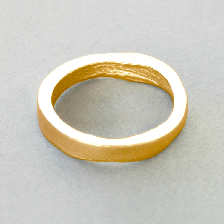 18ct_Yellow_Gold_'slender'_buffed_exterior_surface_Patrick_Laing_You_&_Me_wedding_rings.jpg