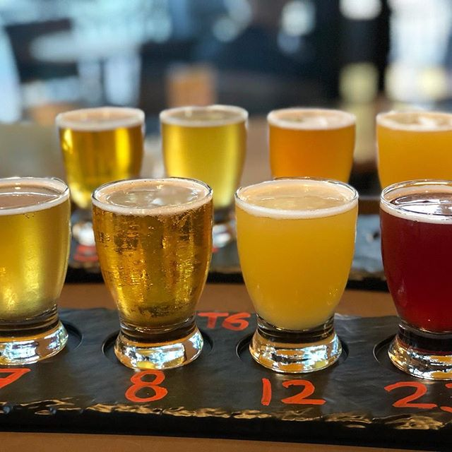 Beer flights are taster sizes of various beers 🍺 At Yuzu, our beer flights come in 4 varieties of your choice! You can choose any that we have on our menu - 30 on tap! Maybe you'll find the one 🍻  #yuzuramenandbroffee #yuzuramenandtaproom #ramen #organic #organicramen #organicbroth #bonebroth #rameblover #homemadenoodles #beer #localbeer #beerflight #sushi #gyoza #yakimeshi #tonkotsu #tonkotsuramen #misoramen #veggieramen #gyukotsuramen #foodie #foodinsta #weekend #bayareaeats #eastbayeats #emeryvilleeats #sanrafaeleats #noodlelover #healthyfood