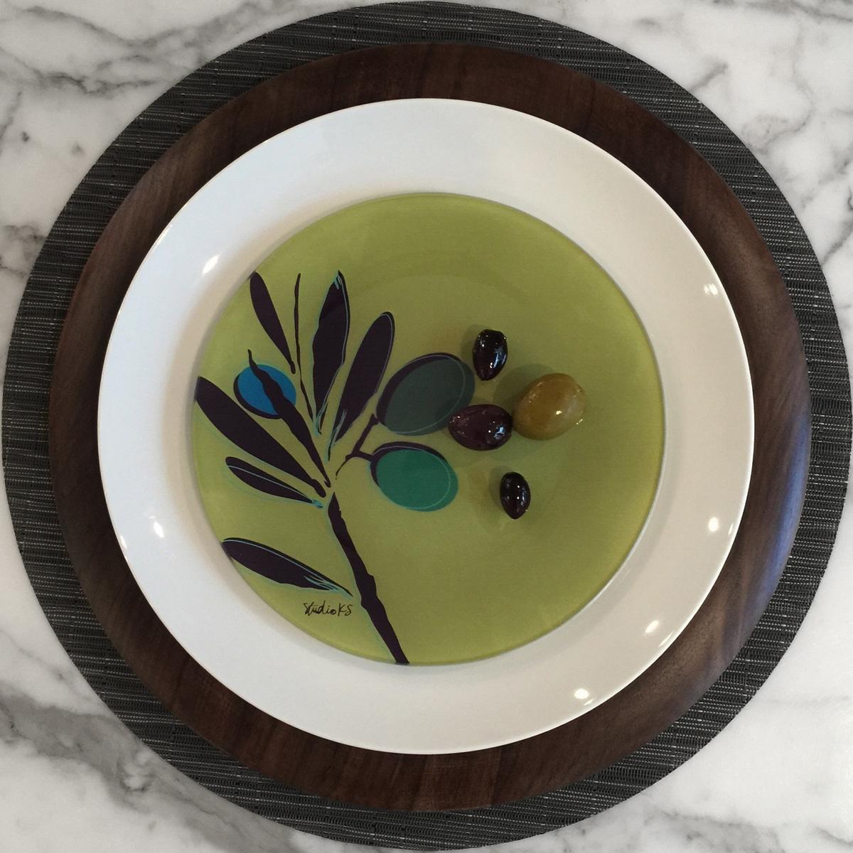 custom to the trade glass plate studioks