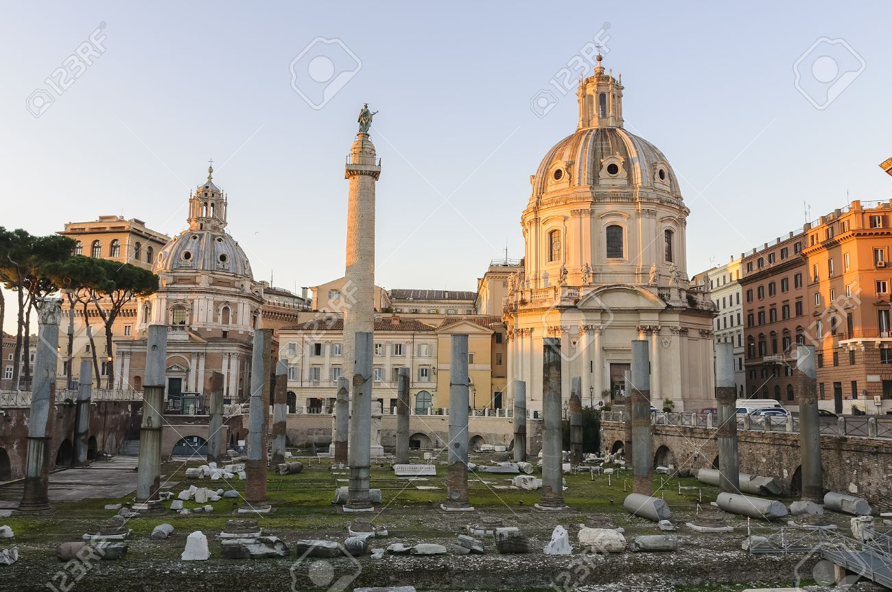 Bascilia Ulpia and Trajan's Column.jpg