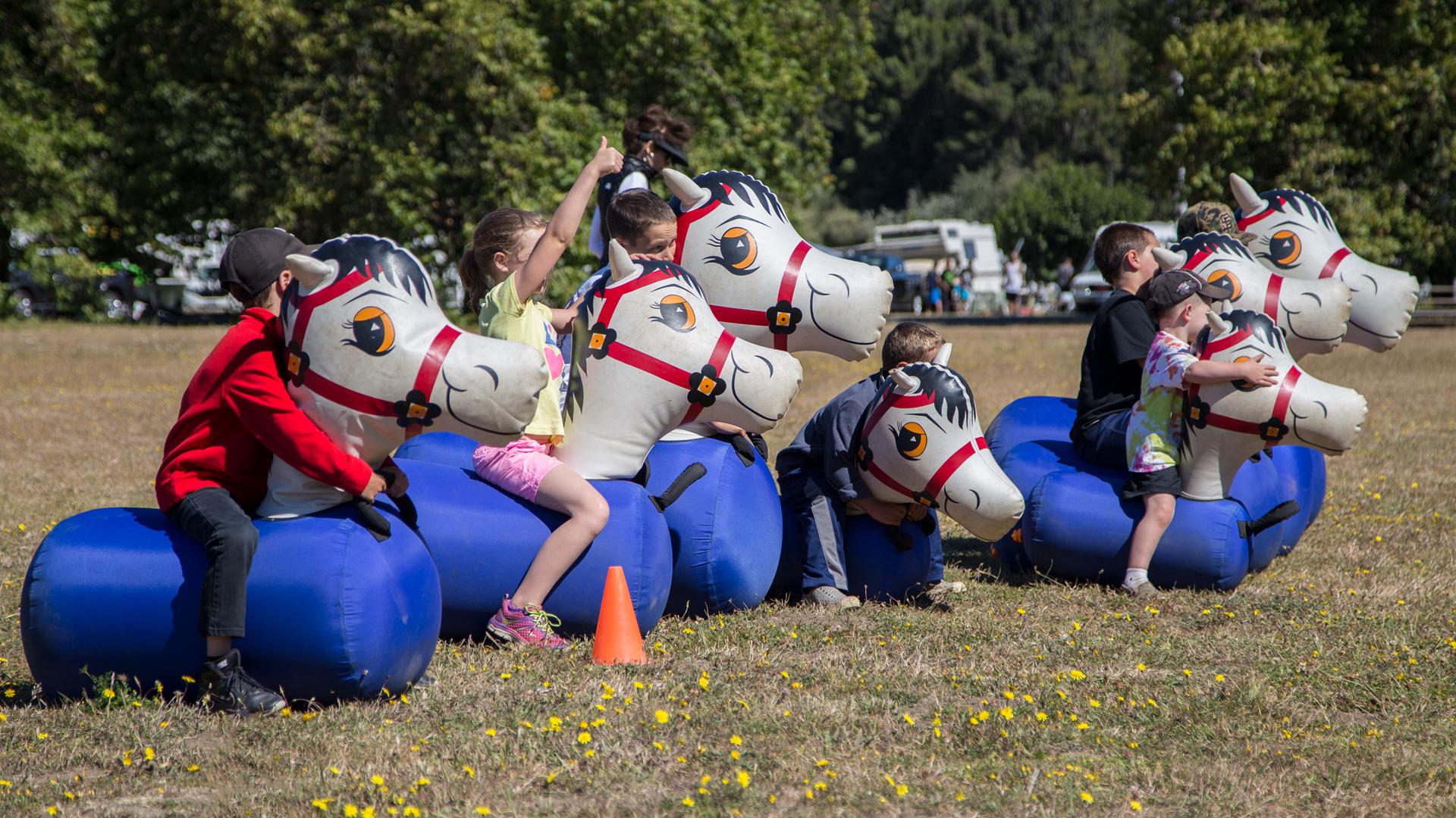Kids-Hopping-Horses_IMG_9928.jpg