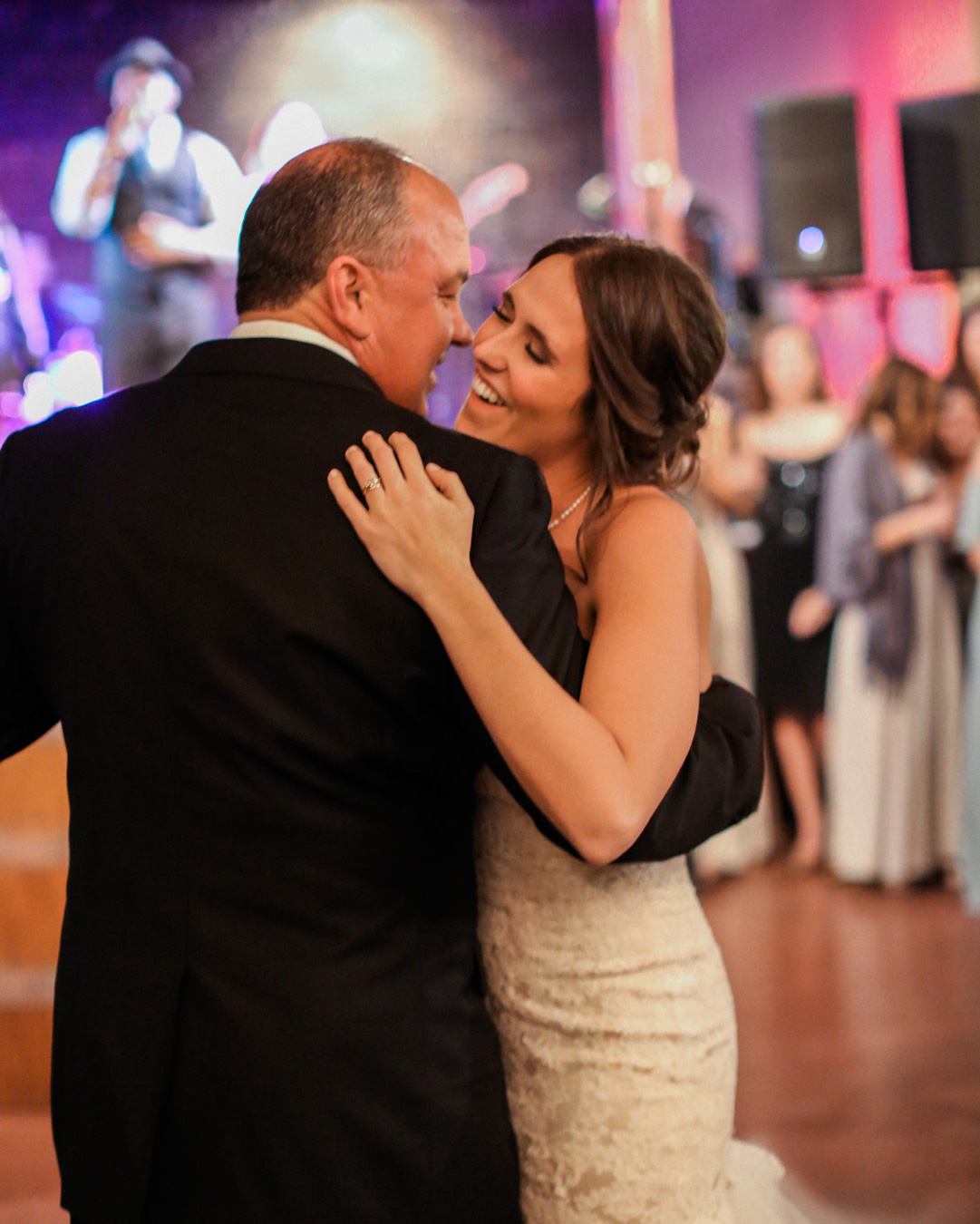 Maddy and Devin Voelter Wedding  (1379 of 2179).jpg