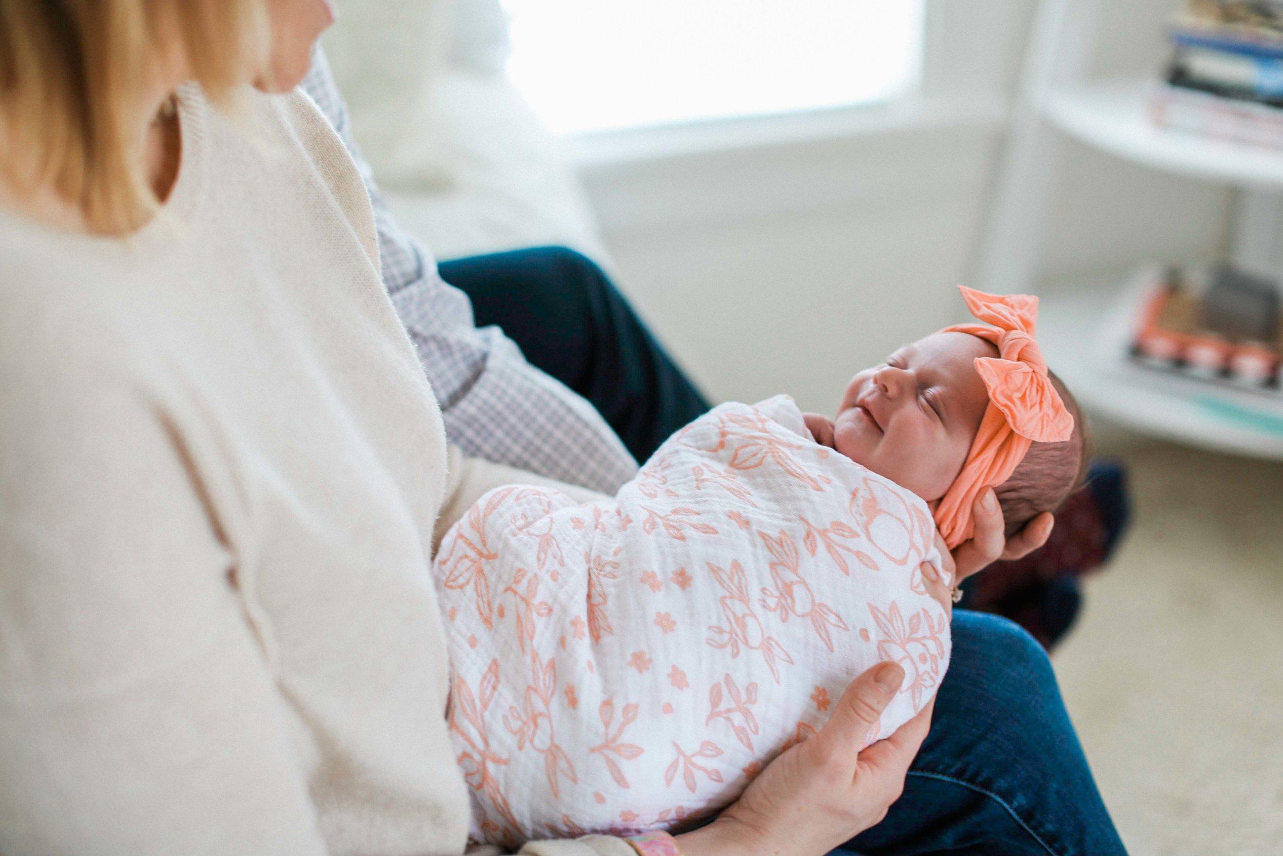 Emory Voss Newborn Shoot (8 of 21).jpg