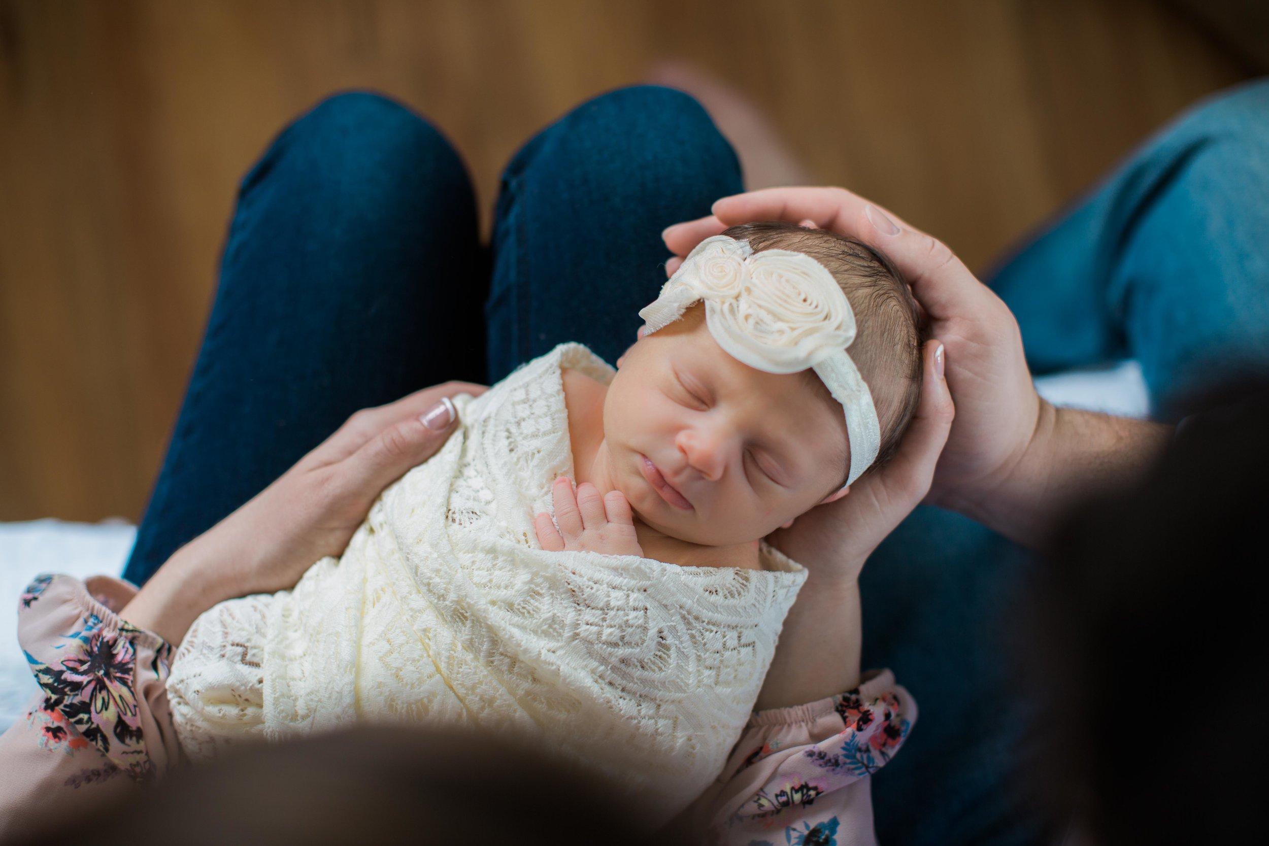 Annie Duvall Newborn Shoot (76 of 208).jpg