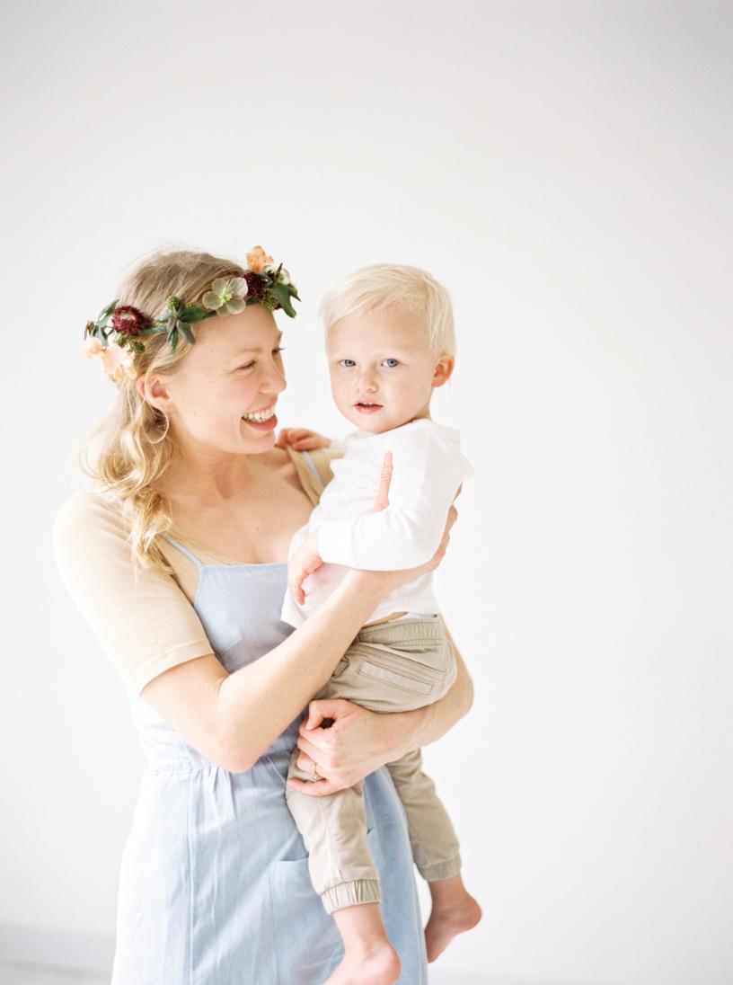 O'Meara Motherhood Session Film-12.jpg