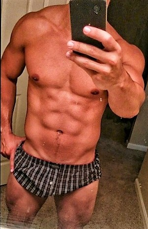 Miguel Selfie 2