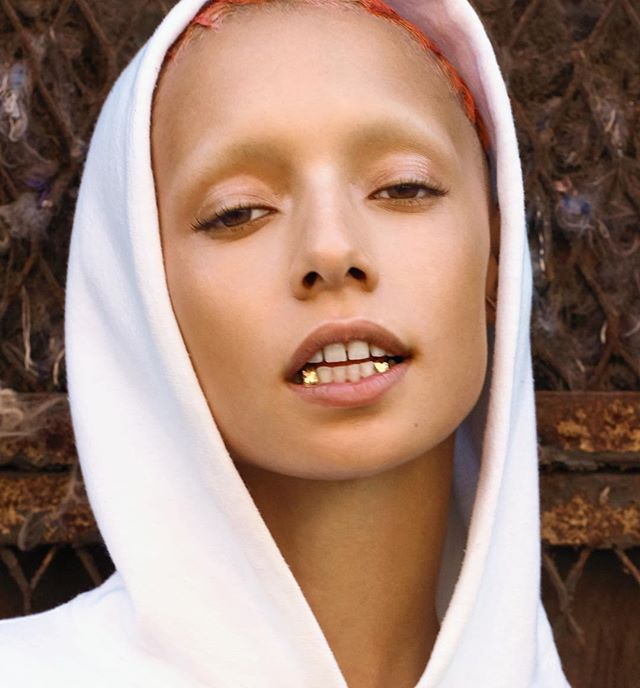 Grillz @uglyworldwide by @pj3 for @coltmagazine Styling @karlyndarlyn Design Feature @collinastrada Make-up @akikoowada Hair @fashionmeetspassion Producer @crystaljams Casting @danteandinferno Assist @_jeffreyrose #jazzelle #grillz #badassbabe #coltgirl #id #uglyworldwide #babe #coltmagazine