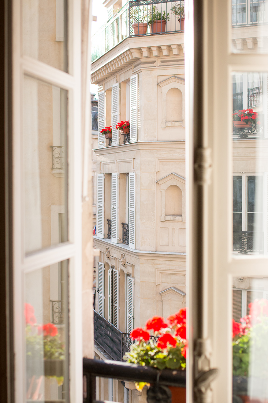 Marais Paris, France @rebeccaplotnick
