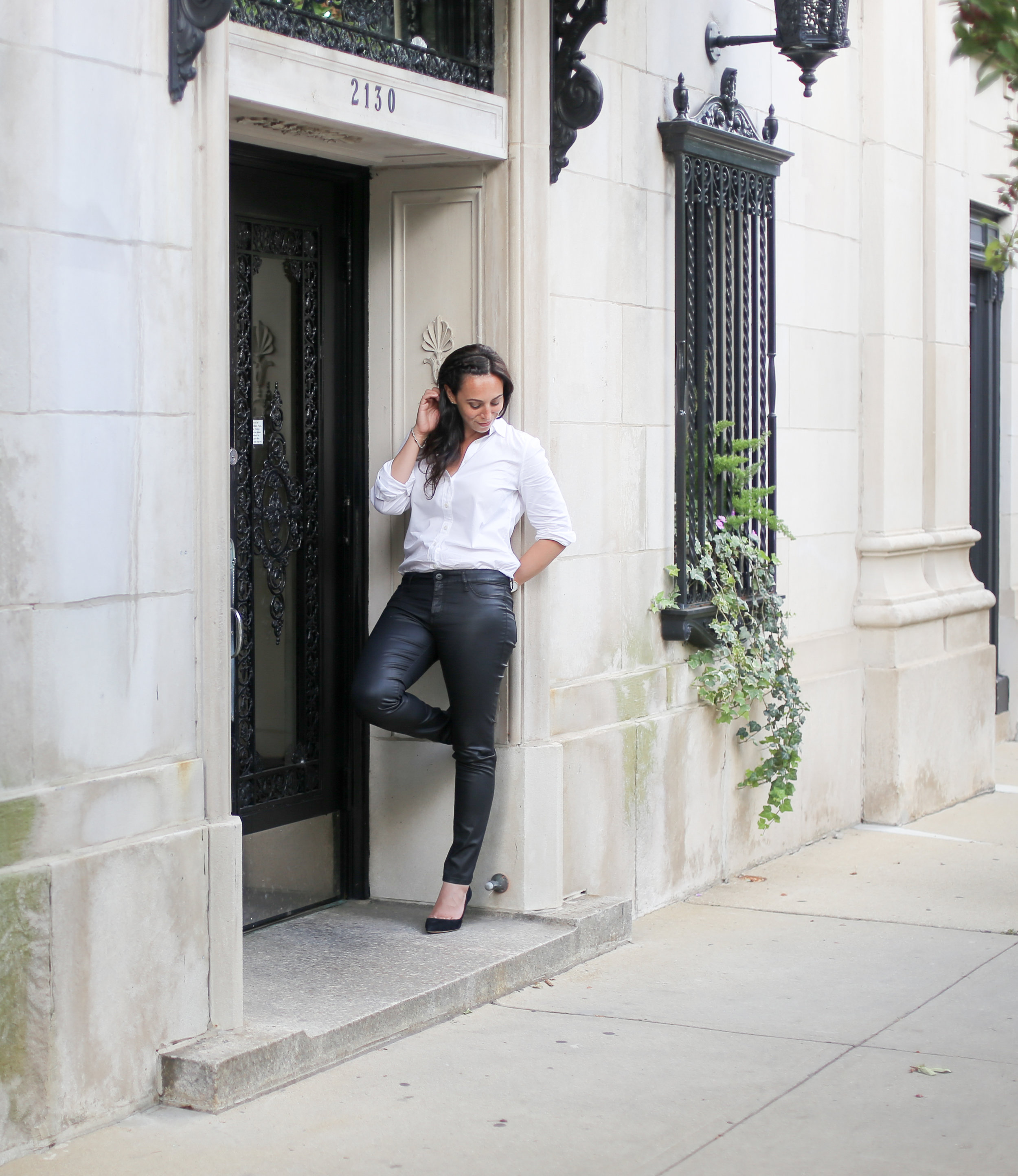 how to style a white button-up