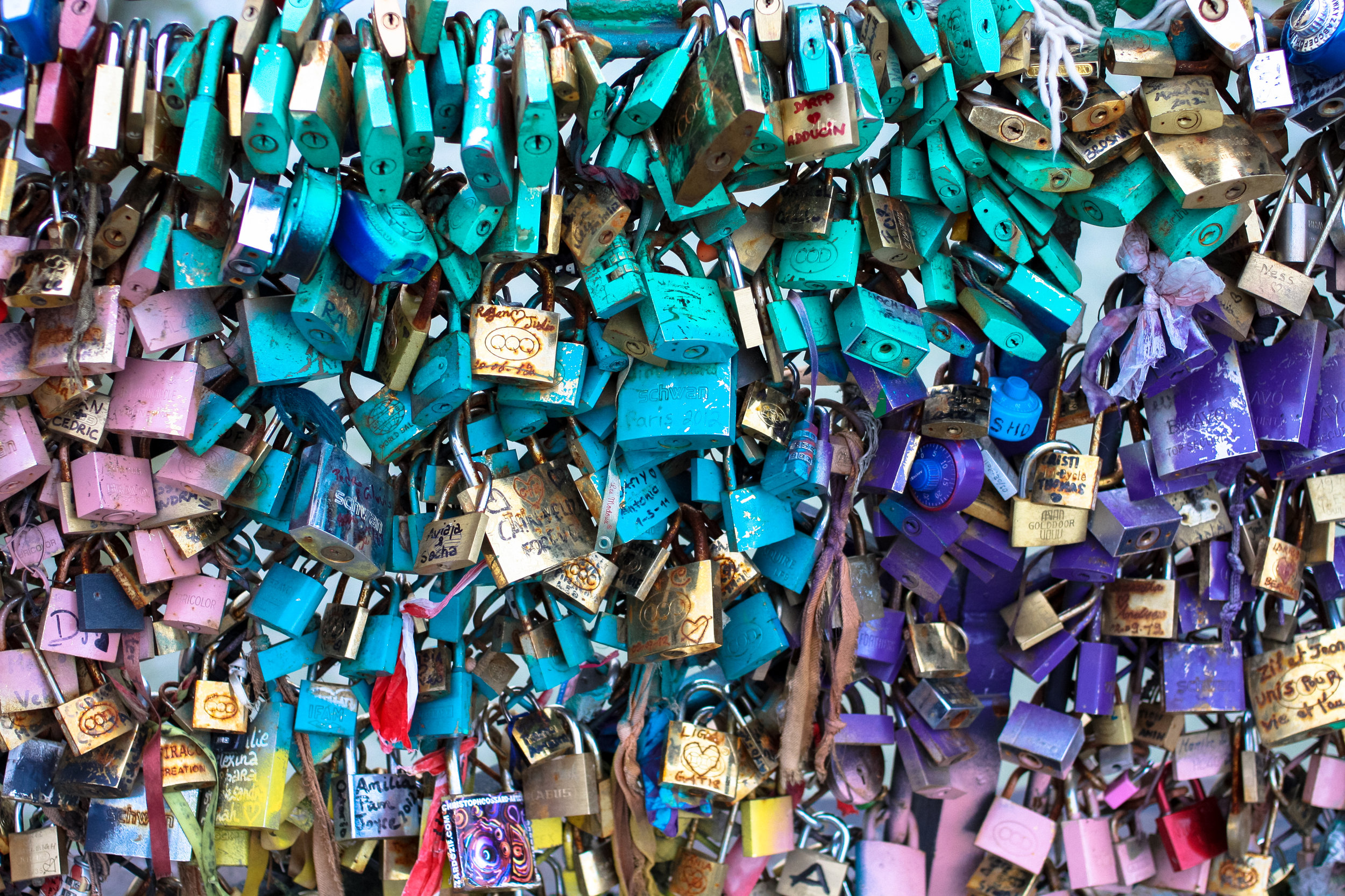 paris love locks @rebeccaplotnick