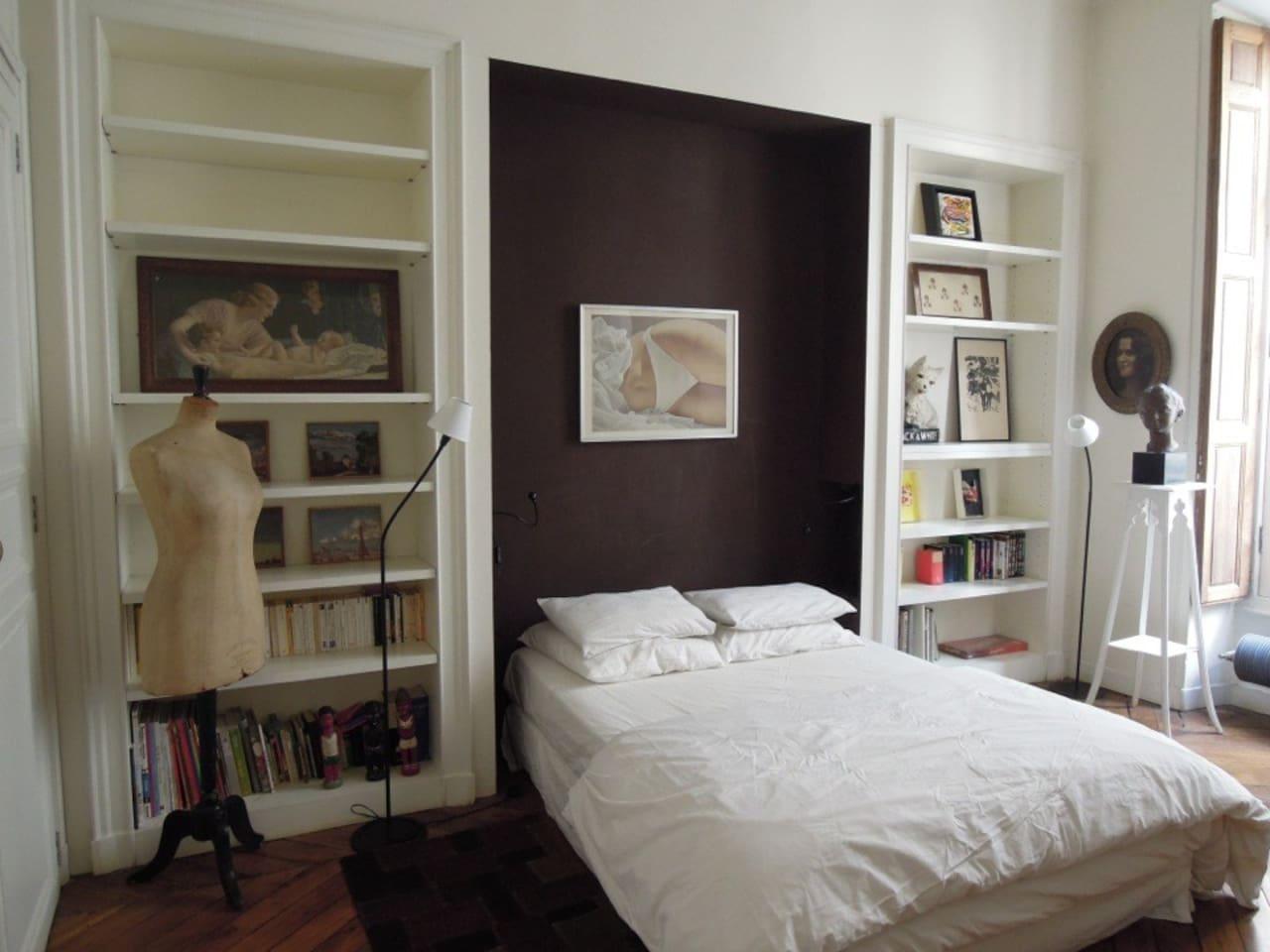 airbnb apartment rental in Paris