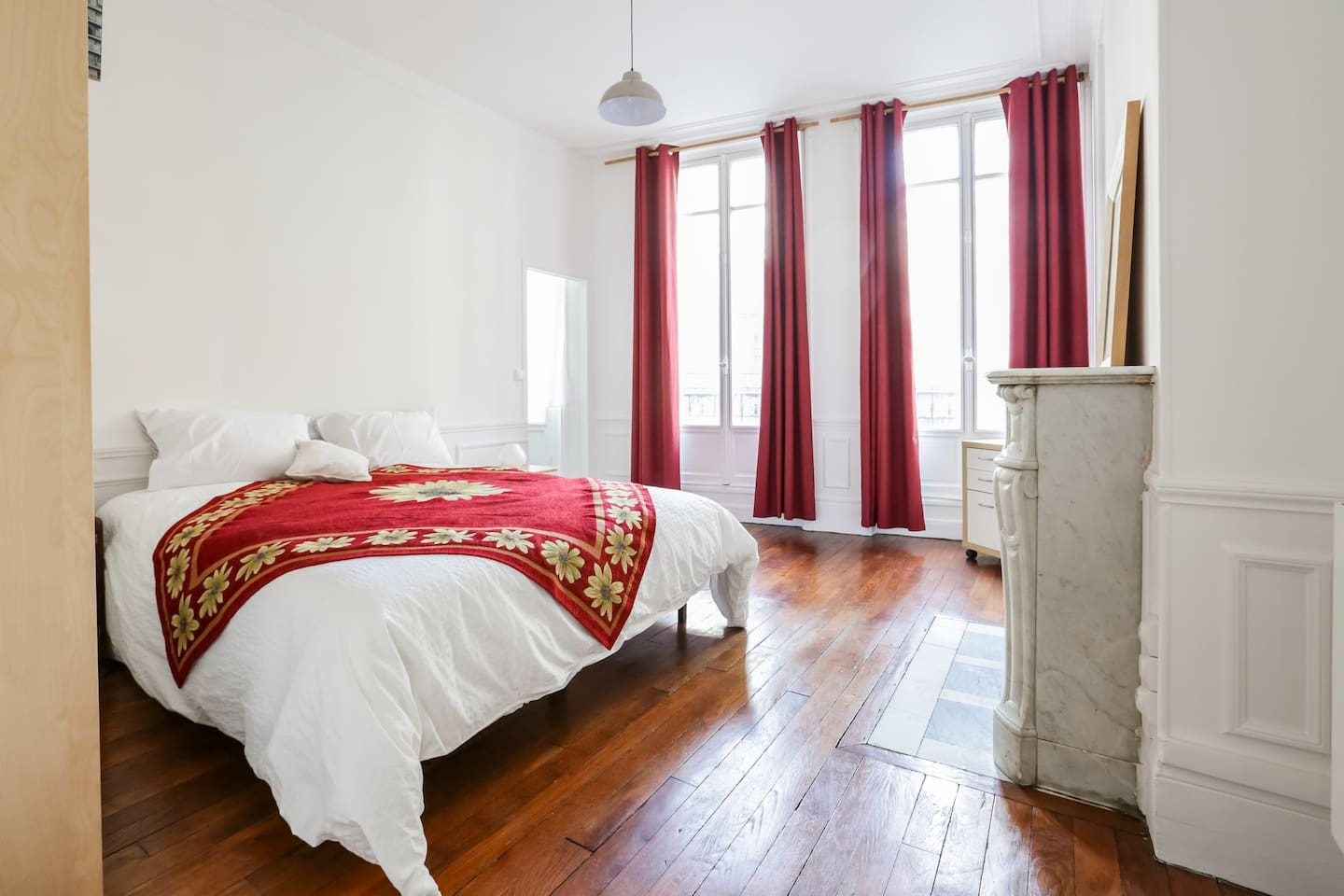 airbnb louvre apartment