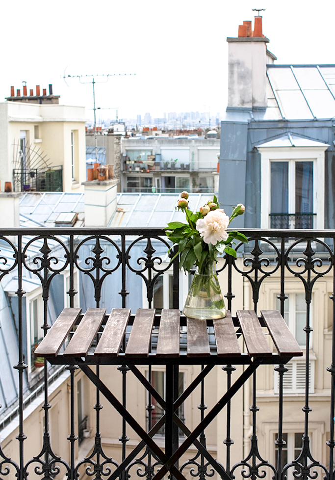 10 Airbnb Rentals in Paris for Under $200 My Apartment in Montmartre