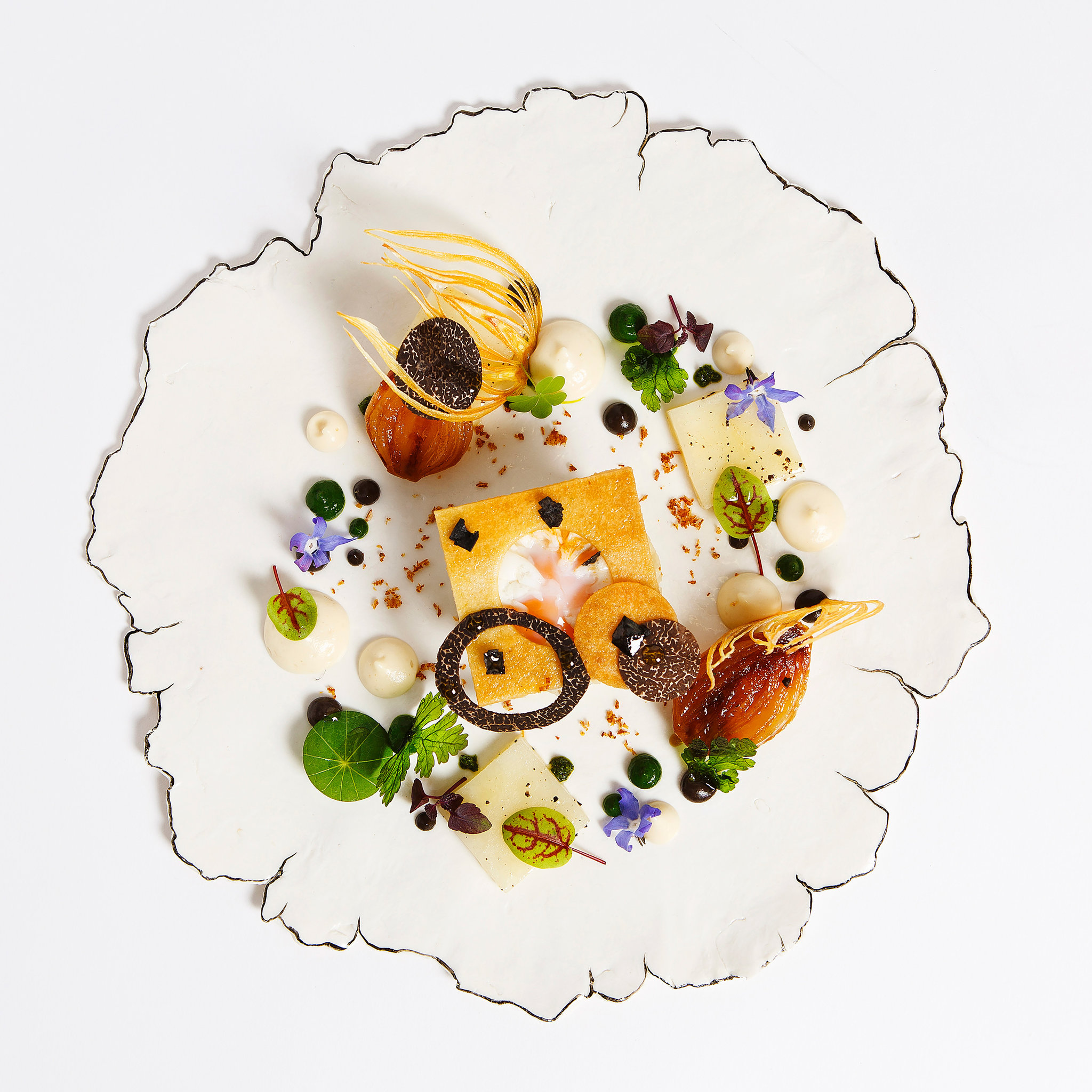 the prettiest restaurant plates via NY Times
