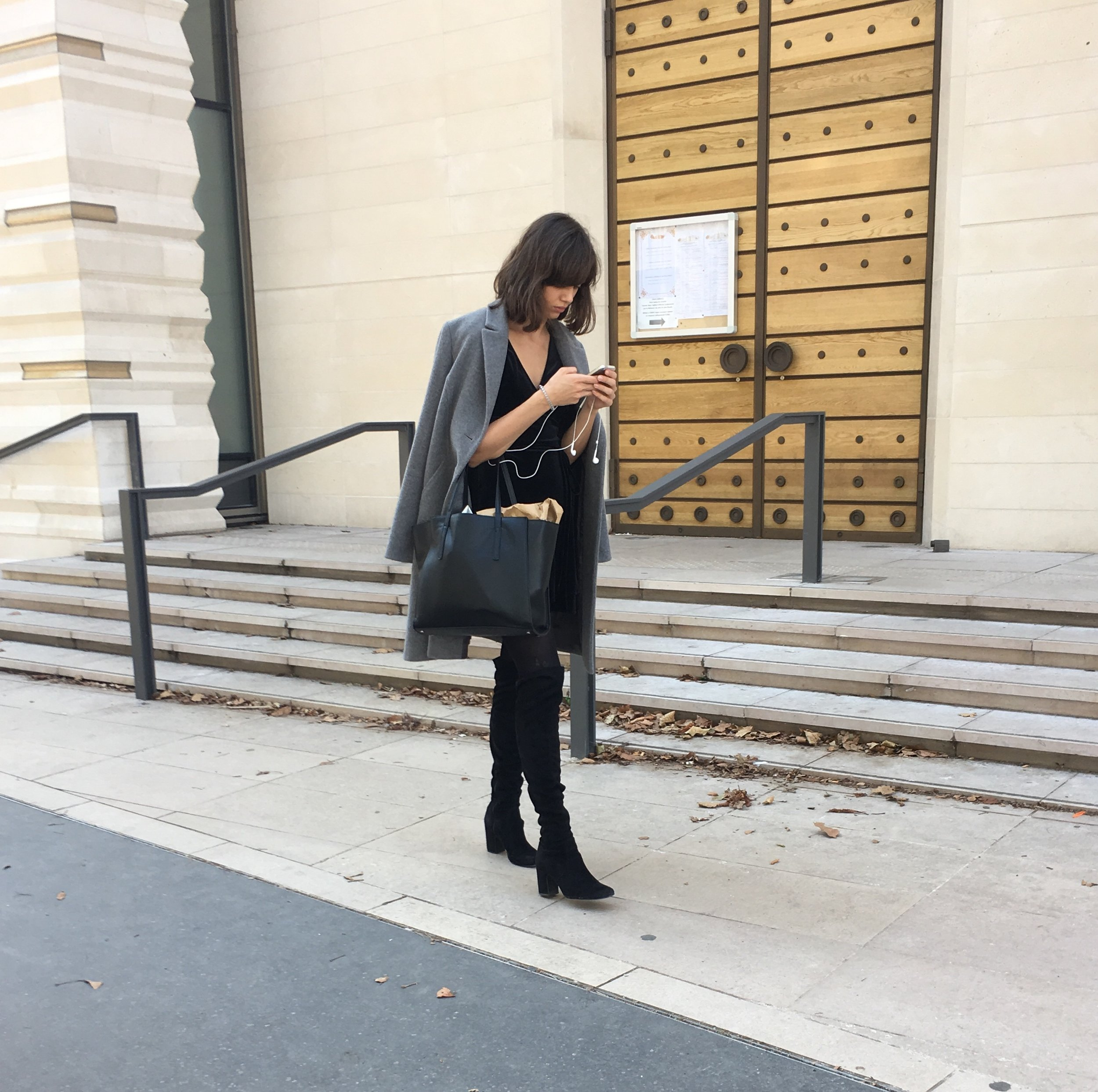 paris girl autumn fashion