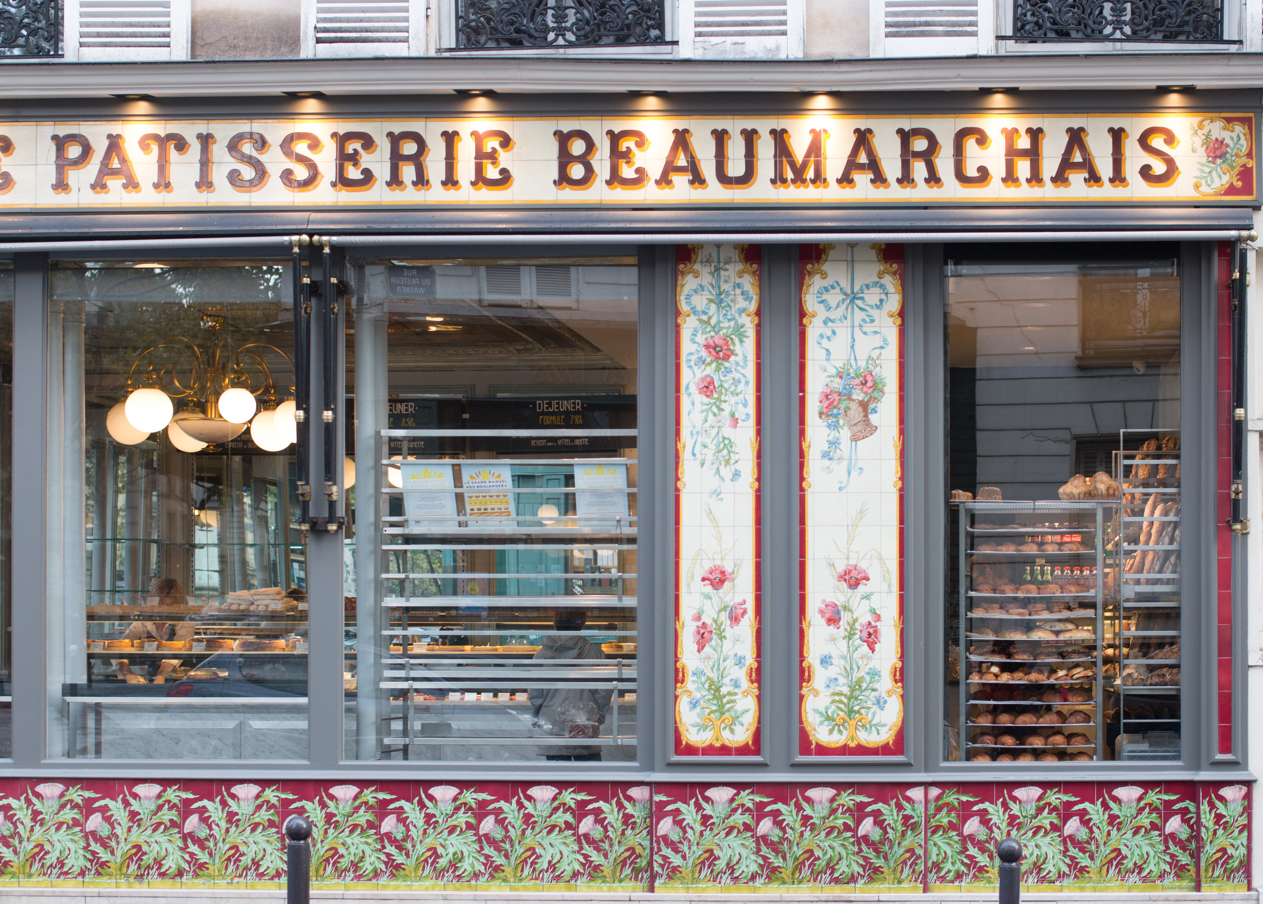 paris boulangerie best croissant