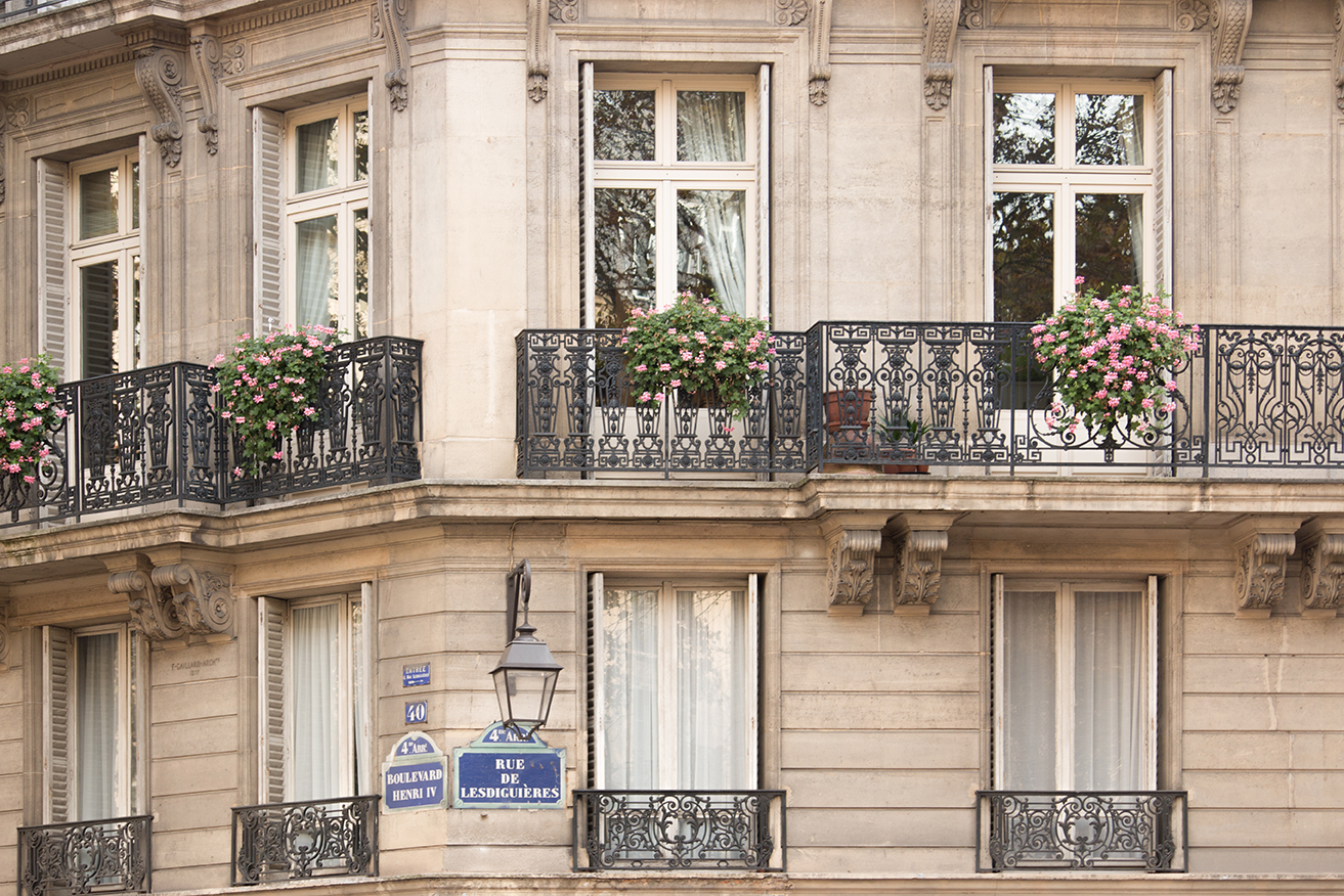 paris apartment windows