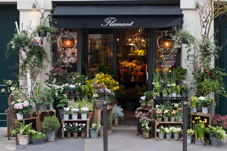 left bank flower shop in Paris