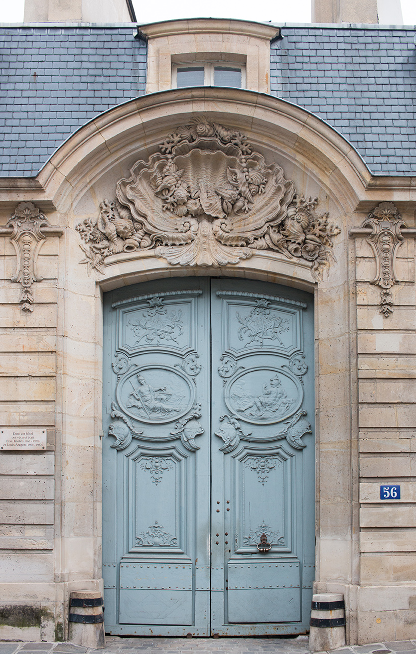 rue de varenne paris door