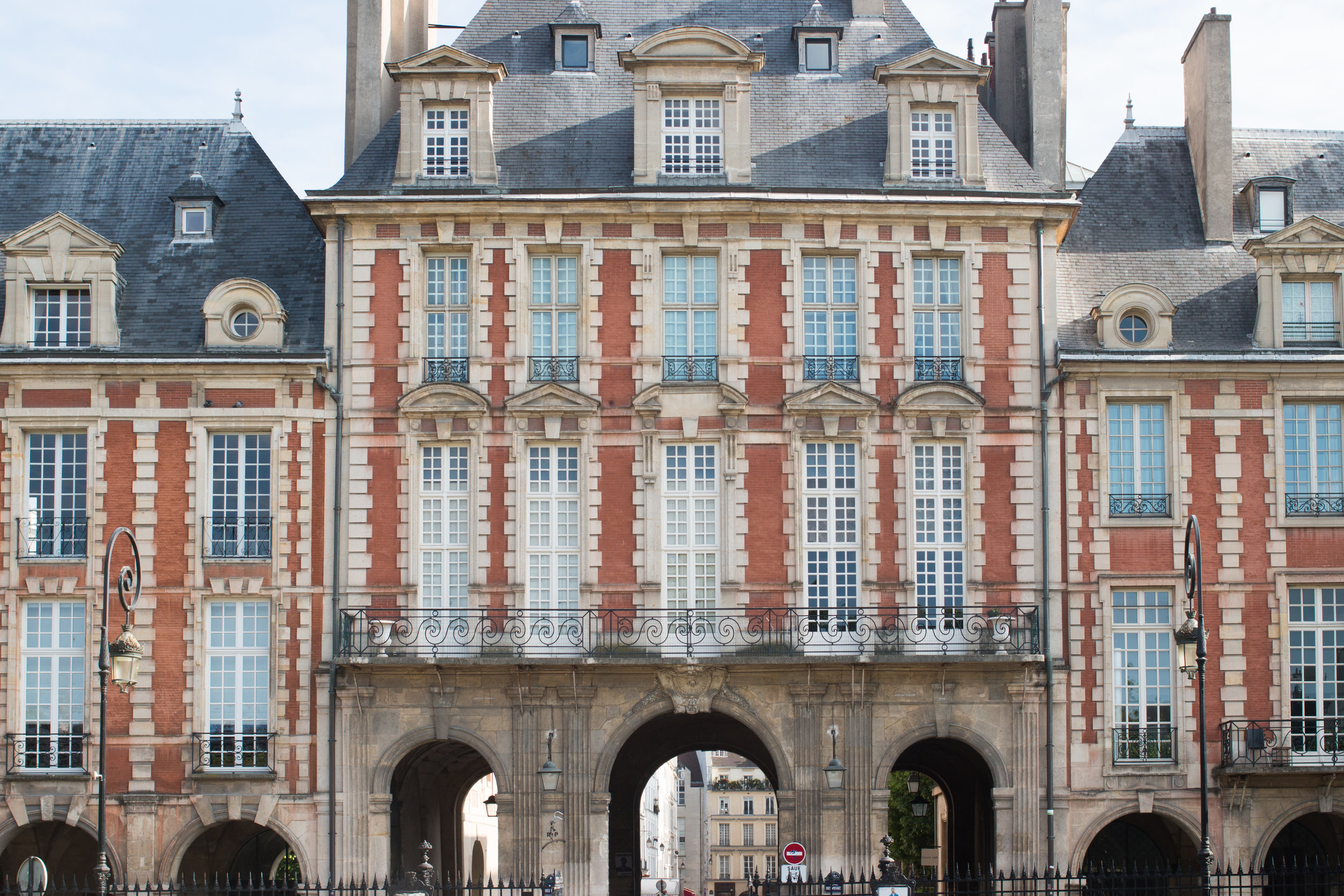 place des vosges paris france