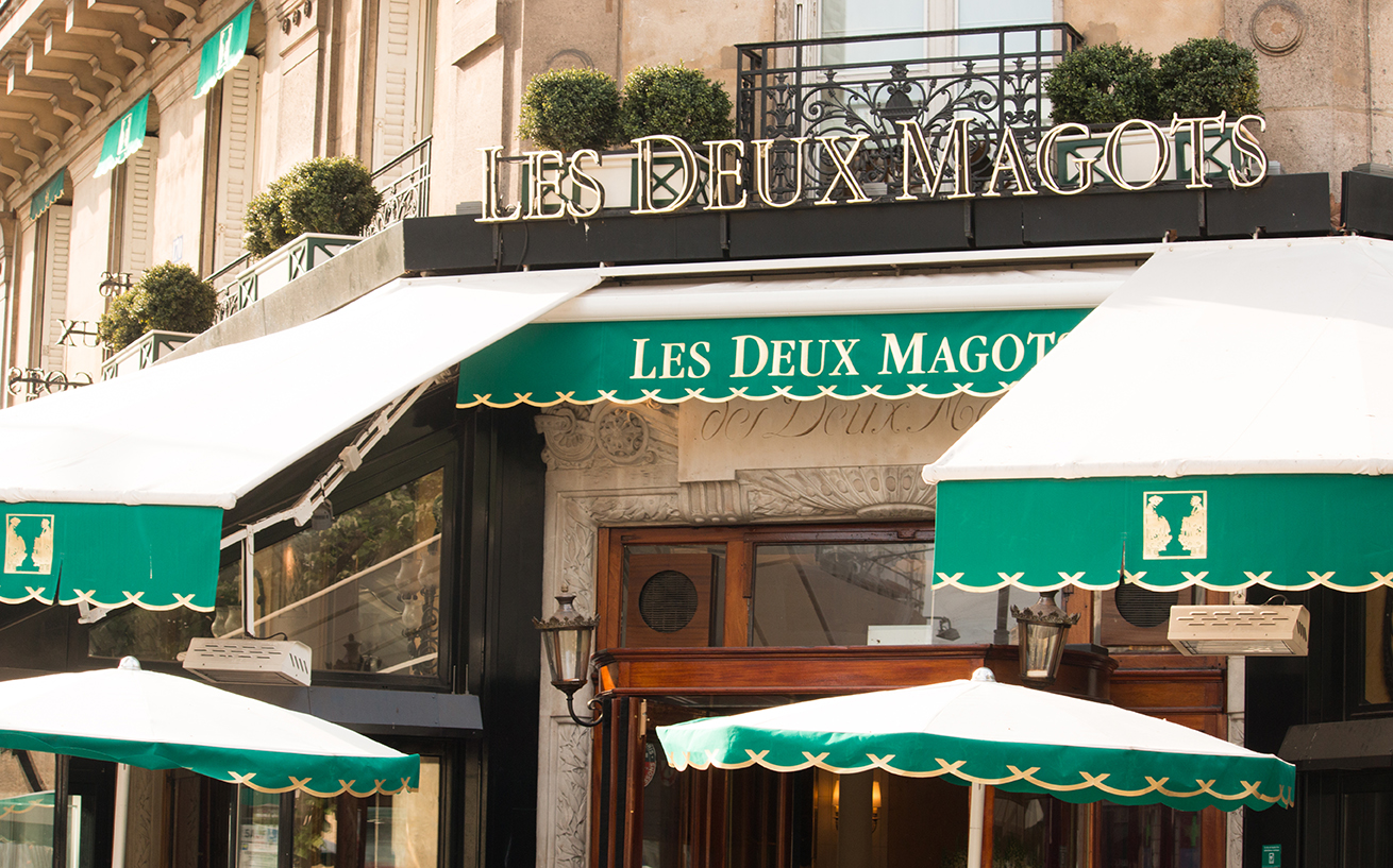 cafe les deux magots in paris france