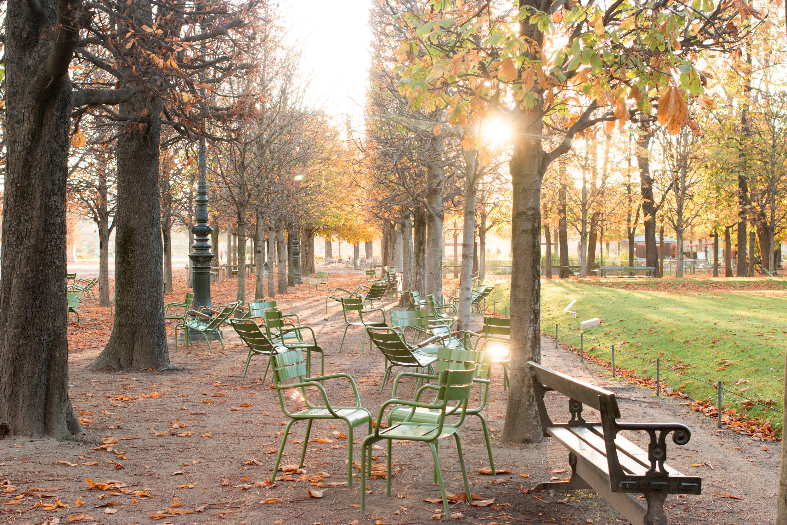 a guide to paris in the fall by every day parisian