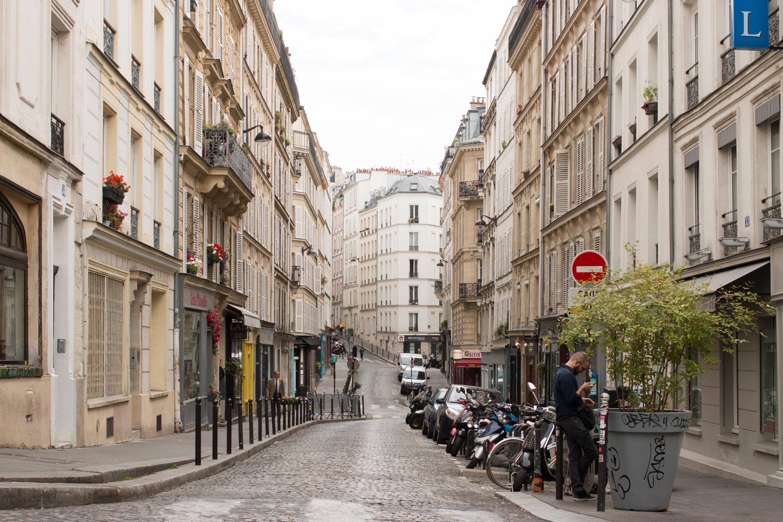 paris montmartre best articles to read about paris france