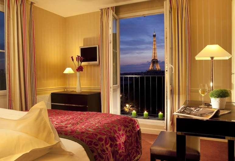 - image via Hotels.com