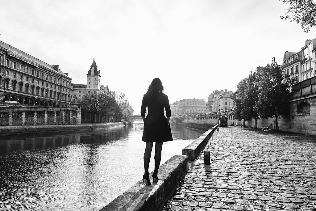 solo female travel to Paris photo by iheartparis