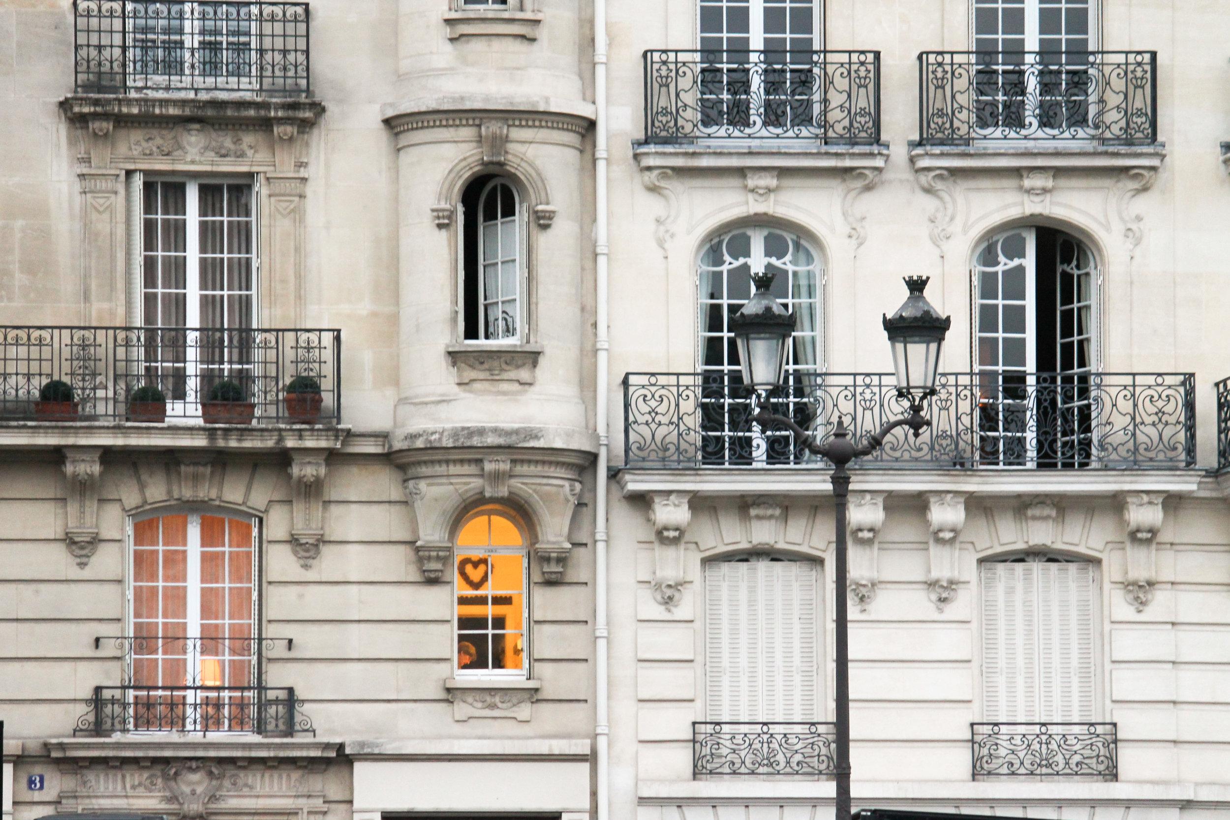 how to photograph paris