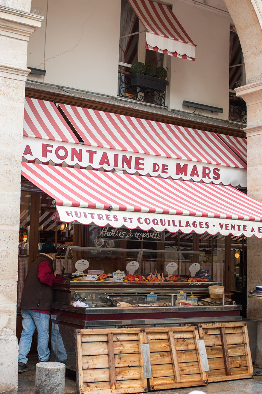 Shop A Fontaine de Mars Print here