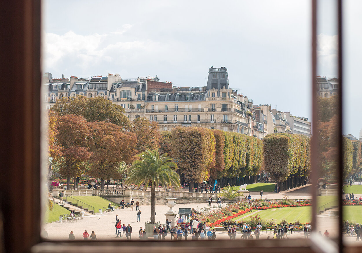 Shop Weekend in Luxembourg Gardens Here