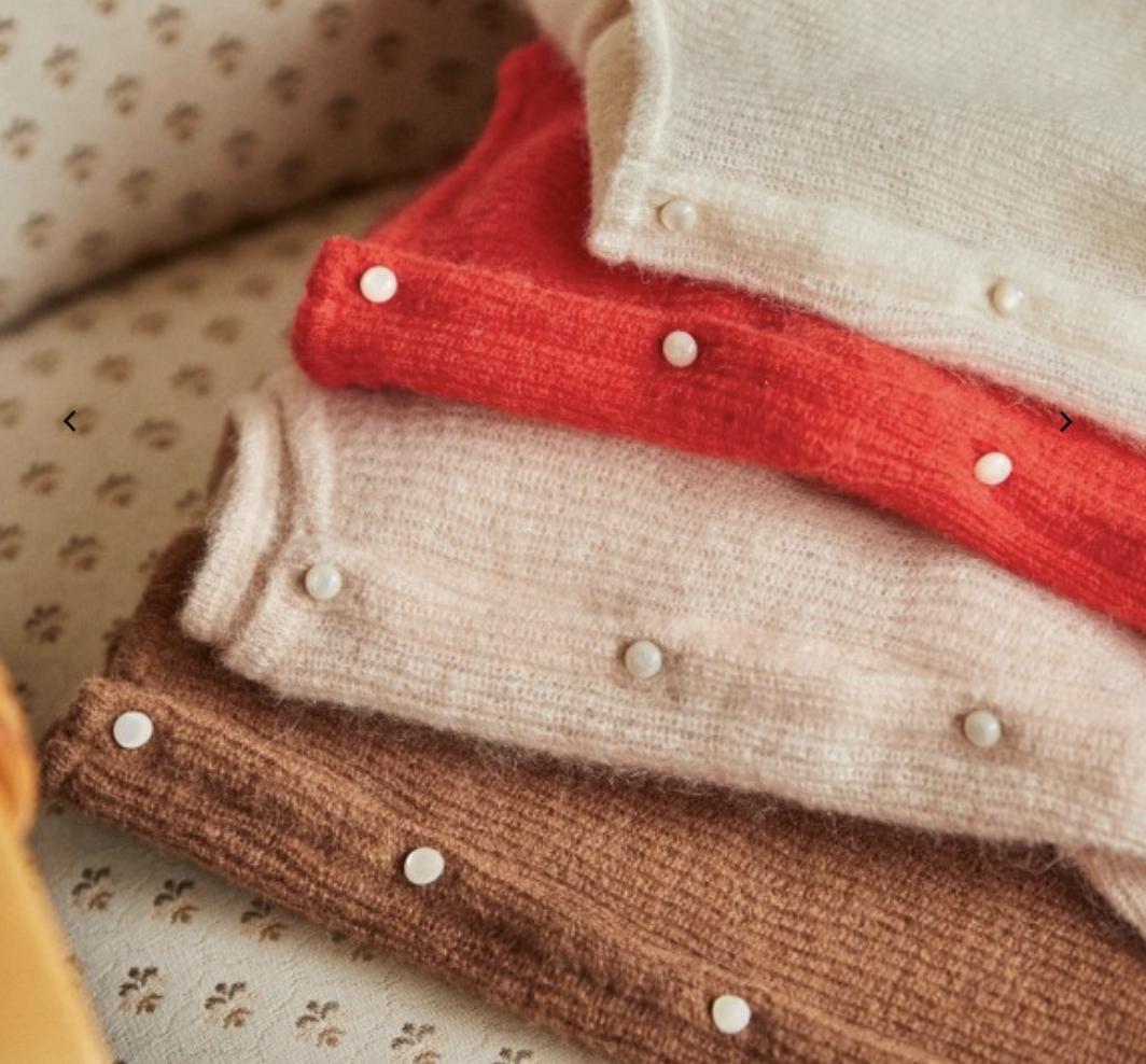 gaspard sezane sweater everyday parisian best seller