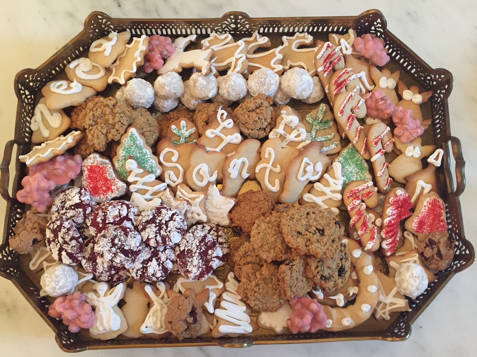 PRICE FAMILY  CHRISTMAS COOKIES 2015, PHOTO BY VANESSA PRICE