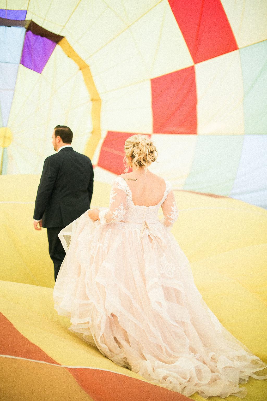 hot air balloon elopement.jpg